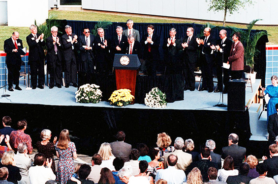 Dignitaries in Tallahassee to dedicate the MagLab in October 1994.