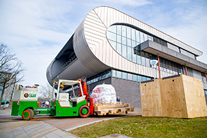 The Nijmegen magnet was delivered to the HFML in Nijmegen in March.