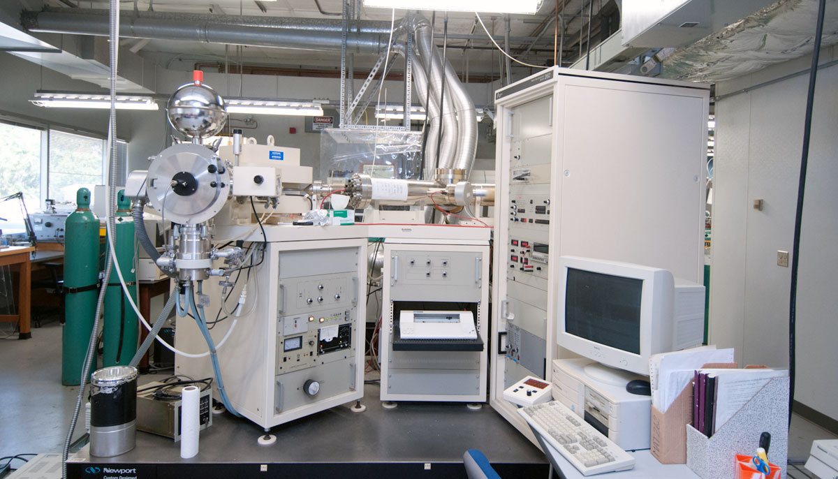 Finnigan MAT 262 mass spectrometer.