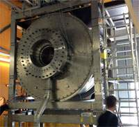 25 T magnet for neutron scattering.