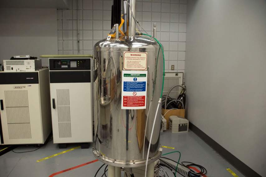300 MHz 89 mm NMR Magnet