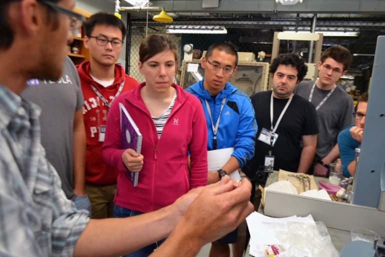 MagLab scientist Jeff Whalen conducts a hands-on workshop at the 2015 User Summer School.
