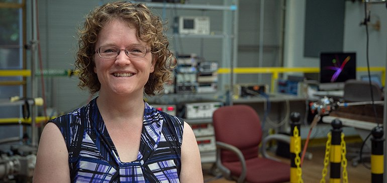 National MagLab physicist Christianne Beekman has been awarded a prestigious CAREER Award from the National Science Foundation that will support research into new quantum materials.