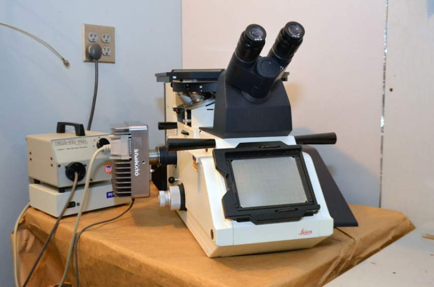 Leica optical microscope.